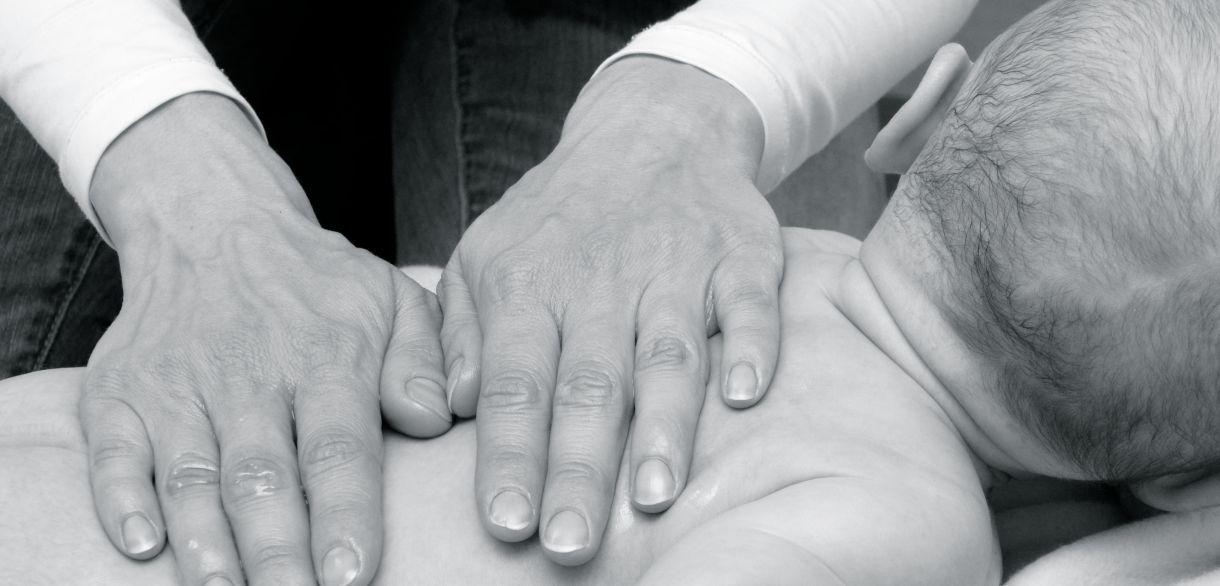 Espace Bien Naitre - Neupré, Liège - Apprenez à masser votre bébé !